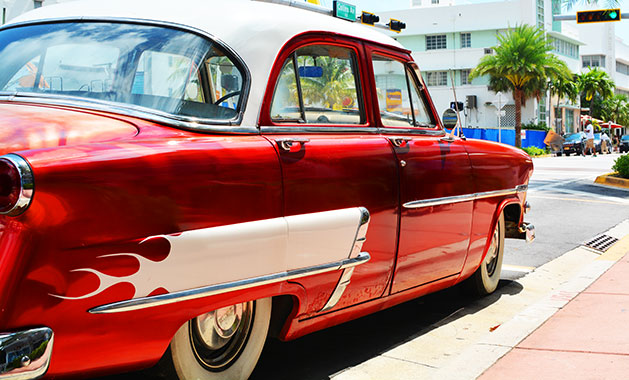 BB-A-Day-in-South-Beach-Miami-Red-Car